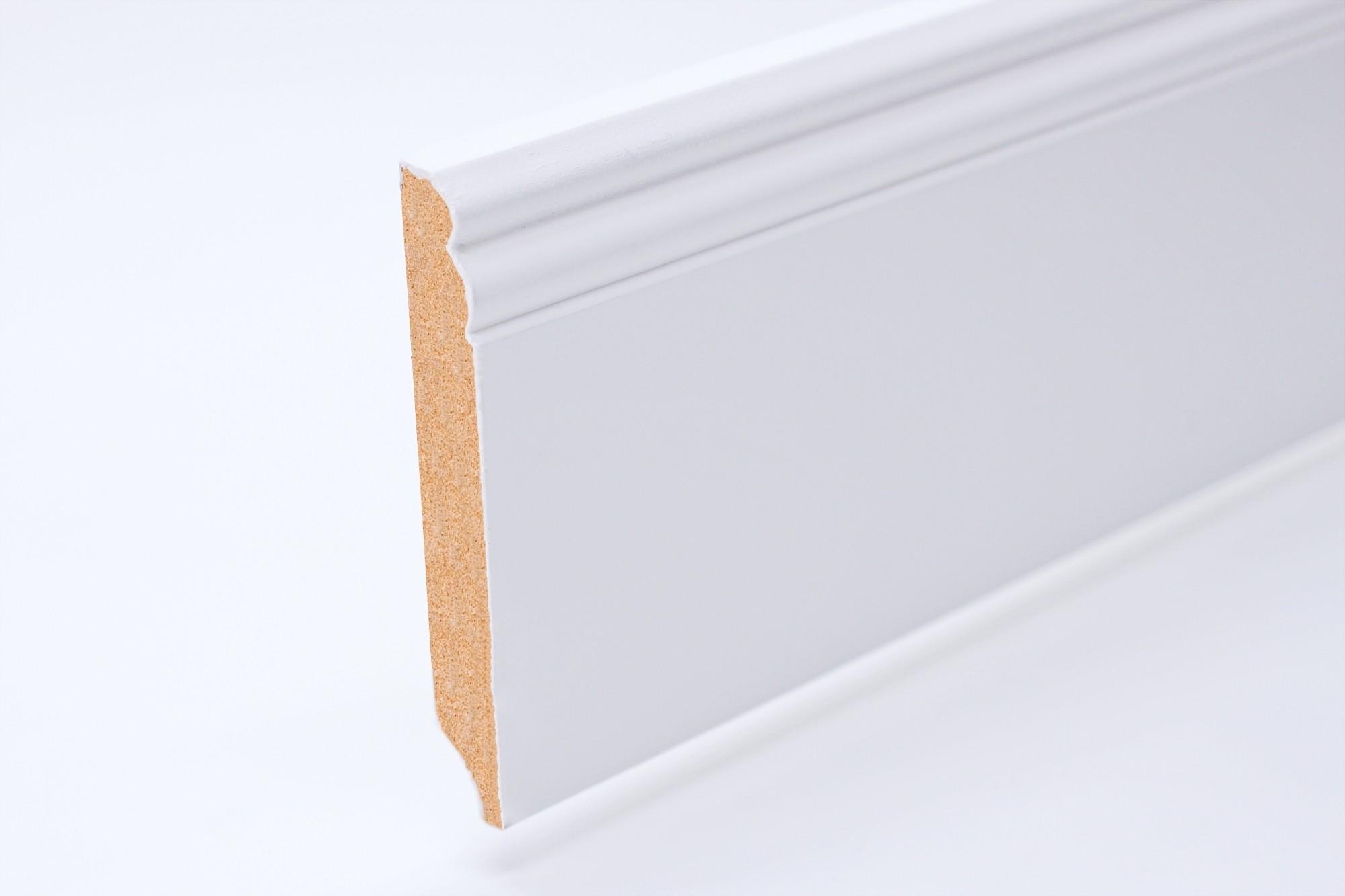 Sockelleiste (2400 x 18 x 145) Altdeutsch weiß lackiert - Interio