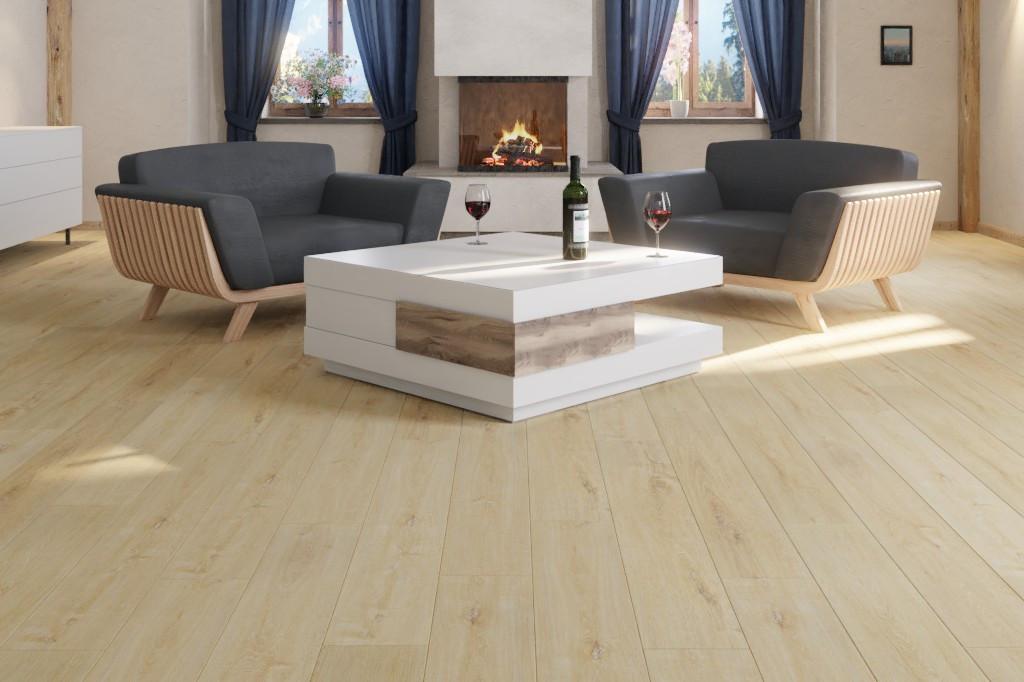Milieubild Wohnraum frontal mit Sesseln und Couchtisch von Eiche GENTIANA Vinylboden StrongCORE Rigid - Interio