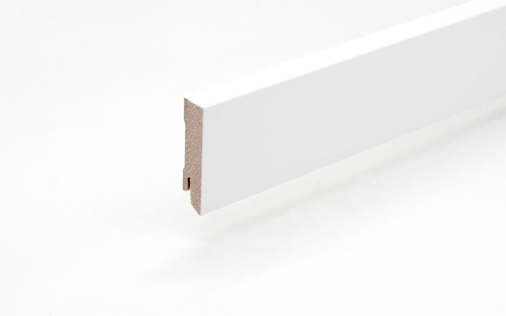 Perspektive Sockelleiste 18 x 60 x 2440 mm MDF weiß gefast Modern 60 Clip-Nut