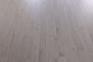 Herbst Eiche Grau 3-Stab Laminat Superior Standard D4952  - Swiss Krono