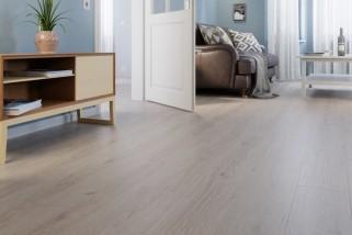 Trend Eiche Grau Landhausdiele Laminat Superior Standard Plus D3126  - Swiss Krono