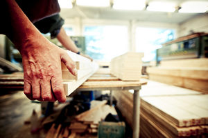 Herstellung Massivholztür Holztür Qualitätskontrolle Hochwertig Premium