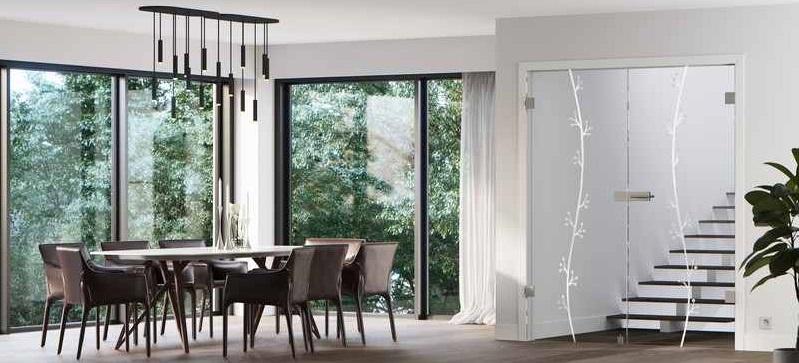Esszimmer mit der Glastür Motiv Elida von Erkelenz