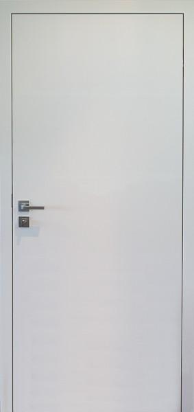 Stumpfeinschlagende Tür